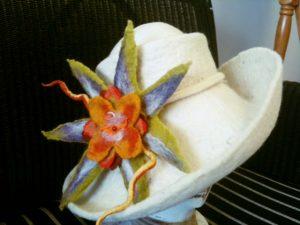 Student felted flower_Fotor