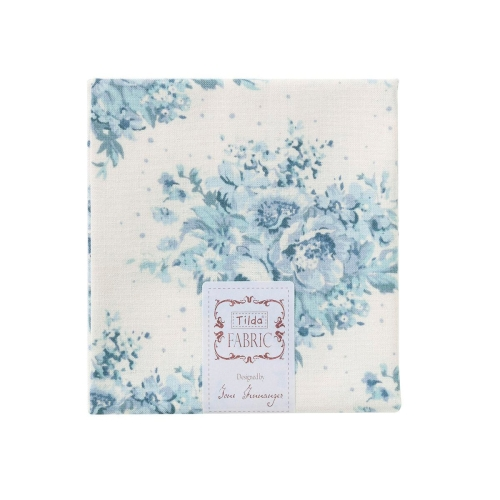0001510_tilda-summer-floral-blue-on-white-fat-quarter-50x55-500x500
