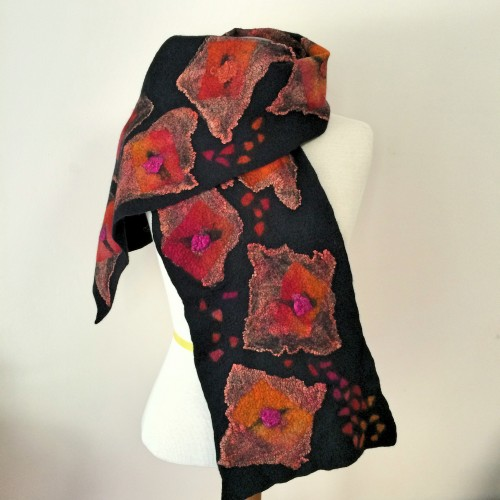 Black scarf with silk hankies