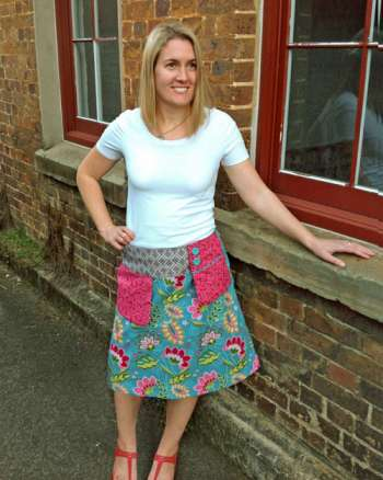 Ladies swing pocket skirt